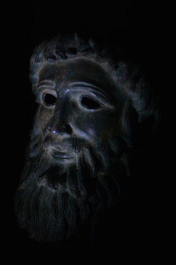 Statua Bronzo Ombre Luce Viso