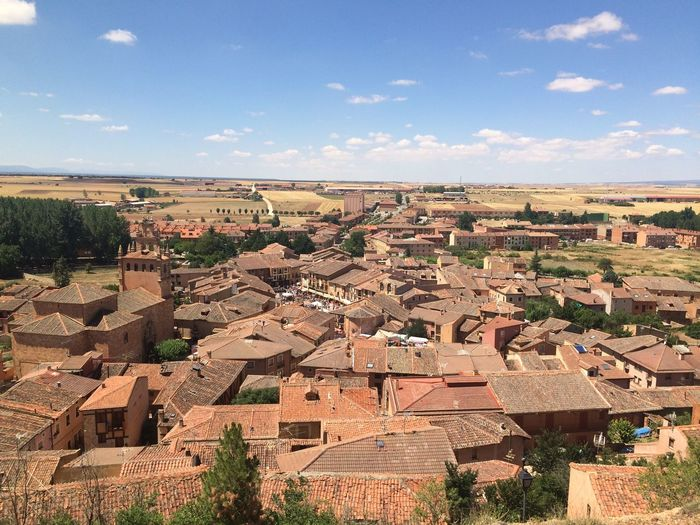 Pueblo bonito de España Architecture Built Structure Building Exterior Sky Nature Building Roof Day City No People Residential District Cloud - Sky High Angle View House Outdoors Tree Landscape Sunlight Beauty In Nature Town TOWNSCAPE Roof Tile