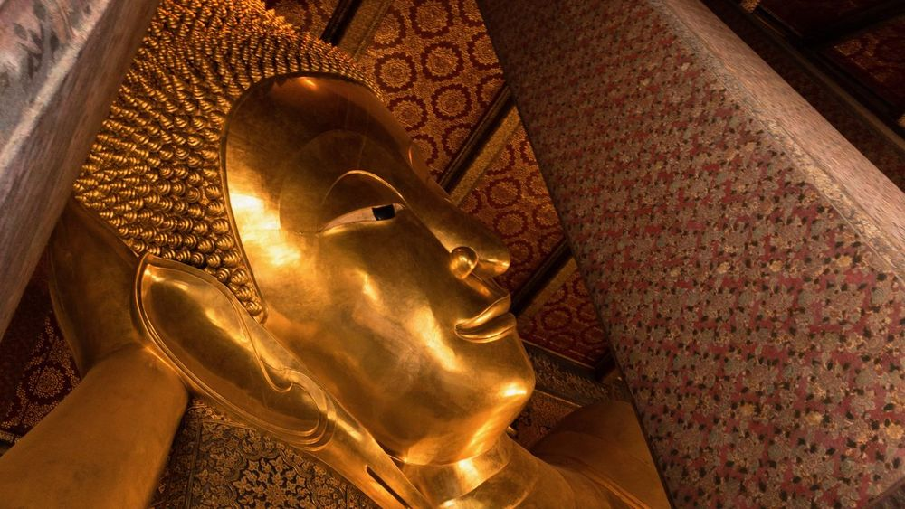 Buddha Wat-Pho Bangkok Thailand. Temple Bangkok Thailand Representation Religion Human Representation Spirituality Belief Art And Craft Statue Gold Colored Indoors