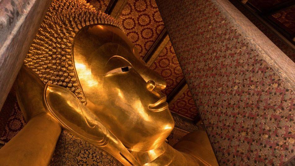 Buddha Wat-Pho Bangkok Thailand. Temple Bangkok Thailand Representation Religion Human Representation Spirituality Belief Art And Craft Statue Gold Colored Indoors