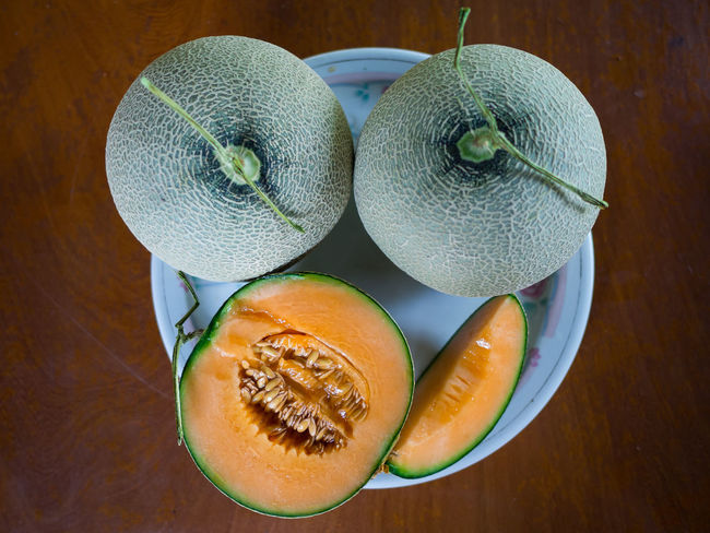 Ready to eat them all Melon ! Japanese Melons Sliced Close-up Food Food And Drink Freshness Fruit Fruits Healthy Eating Japanese Fruit Japanese Melon Melon No People SLICE Table