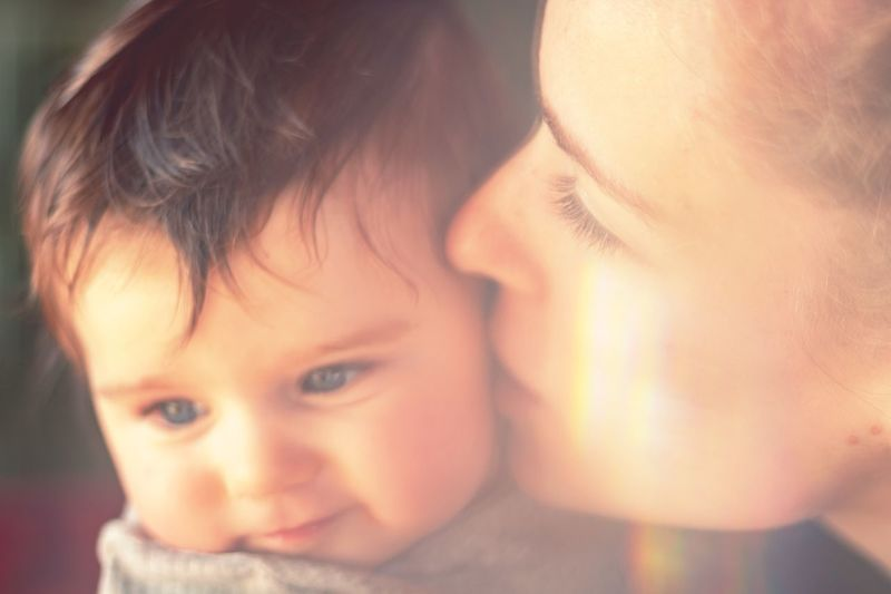 mother kissing her baby Kiss Kissing Refraction Refractions In Light Baby Child Portrait Headshot Childhood Baby Young Capture Tomorrow Family Close-up Cute Togetherness Real People Mother Parent Family With One Child Babyhood Emotion Positive Emotion Innocence
