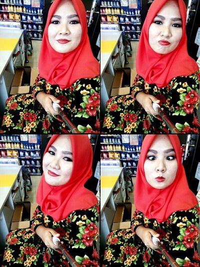 Happy Eid! Working Selfie Time Red Lips Muuahhh  KBai
