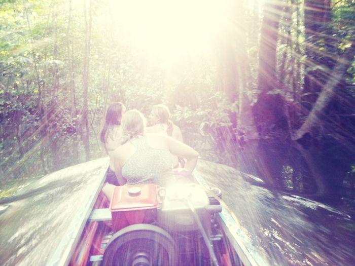 Passeio de barco pelo rio tocantins. Hanging Out Relaxing