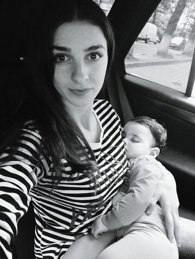 That's Me :) Niece & Auntie <3 In Car Black And White Portrait Sleepy Girl Beauty Day Let Your Hair Down I Love Her So Much❤ Just Ugly Me Cute Baby Outdoors Selfie✌