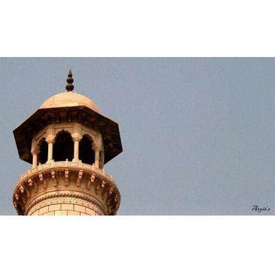 ...minaret of Taj... Whponrepeat Explore Unsquare India_igers indiaphotographers ig_pune ig india_click indiashare2sell puneinstagrammers places streetsofindia special_shots waycoolshots storiesofindia journey vscocam vscodaily nikon light nikontop 16x9_special 16x9club _oye _soi pune puneclickarts @indiabestpic @puneclickarts ig_agra bns_india