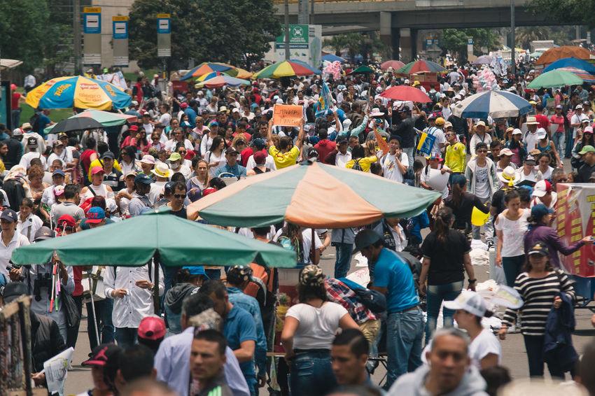 Bogota,colombia. Bogotá Colombia El Papa PAPA FRANCESCO Papa Francisco Pope Adult City Crowd Day Large Group Of People Men Outdoors Papa En Colombia People Pope Francis  Real People Watching Women