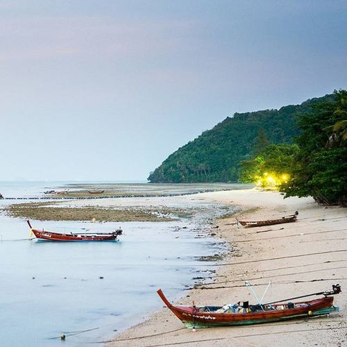 เกยตื้น Lumixgf8 Lumixnz Phuket Phuketisland Islandlife Thatphuketlife Thaitraveling Reviewphuket Reviewthailand