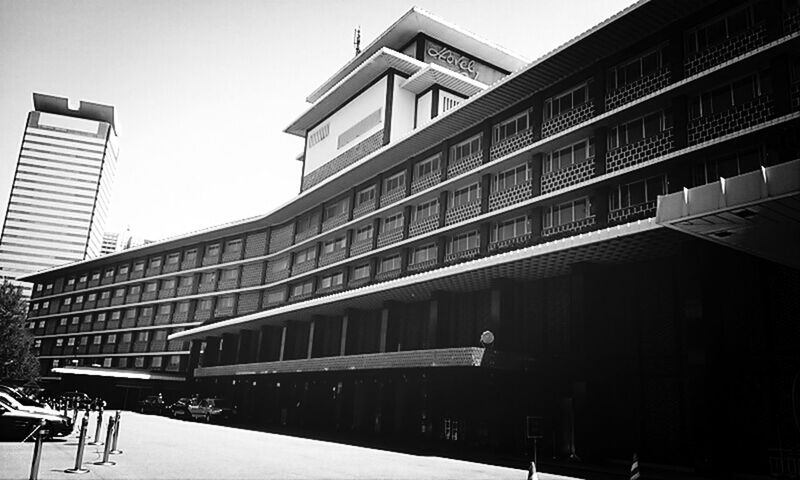 Cityscapes Architecture Black And White Monochrome HOTELOKURA in tokyo