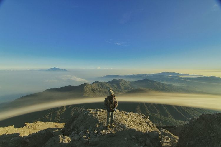 The Peak of Semeru Mountain. East Java. Indonesia.The Great Outdoors - 2015 EyeEm Awards Landscape Landscape_Collection EyeEm Best Shots - Landscape EyeEm Best Shots EyeEm Nature Lover Mountains Mountains And Sky Mountaineers The Explorer - 2015 Eyeem Awards