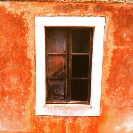 Croatia Malarava RAVA Oldwindow Orange