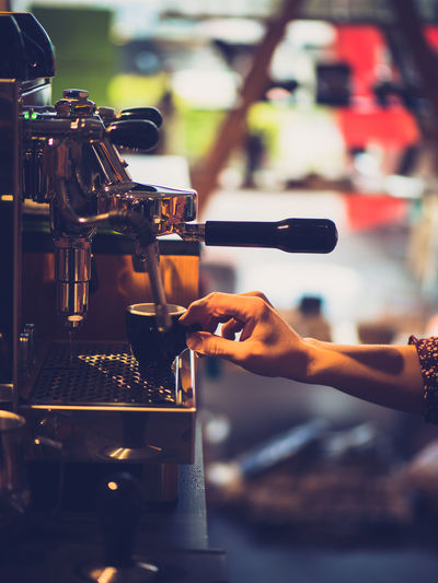 Food And Drink Human Hand Hand One Person Coffee Maker Drink Real People Indoors  Human Body Part Refreshment Selective Focus Espresso Maker Cafe Coffee Making Barista Coffee - Drink Coffee Shop Preparation  Finger Bar Counter