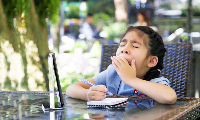 Snore kids boring learn from online learning from home and does not active focus