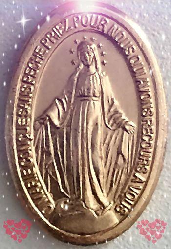 MARIE Spiritual Spirituel Vierge Marie Priere Esprit juste une Prière pour que l'AMOUR INCONDITIONNEL Reste en Conscience de l'HUMANITÉ✨☀️🙏👪💜