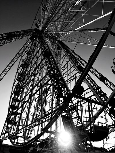 Ferris Wheel Black & White Sunset Lookingup From My Point Of View Pier Light And Shadow Blackandwhite Photography Sunset_collection Sunset Silhouettes