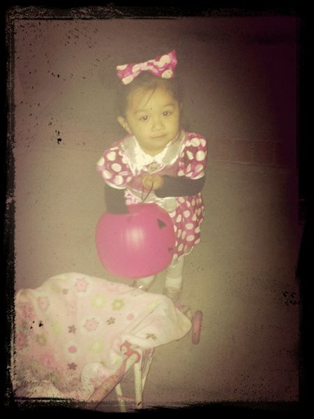 my beautiful niece was Minnie mouse (: