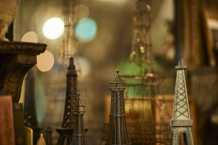 Replica eiffel towers for sale at shop