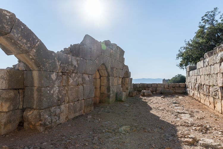 The inner part of the destroyed corner tower in Nimrod Fortress located in Upper Galilee in northern Israel on the border with Lebanon. Israel Nimrod Fortress History Heritage Castle Fort Saladin Beybars Crusaders Ayubids Mamluks Assassins Tower Travel Destinations Tourism Old National Park Hill Stone Material Wall Ancient Architecture Medieval Architecture Protection Ruin Galilee