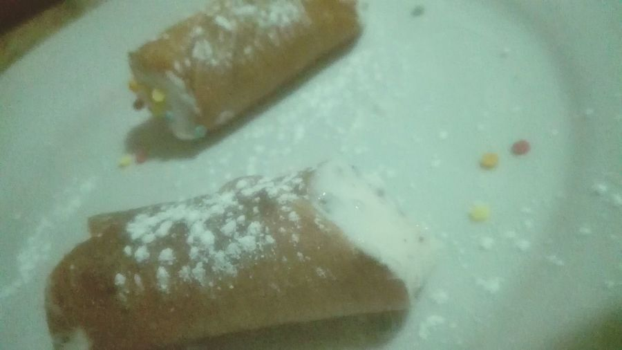 Cannoli Siciliani Cannoli Con Crema Cannolosiciliano CaNnoLi Cannolitime Italian Food Dessert Close-up