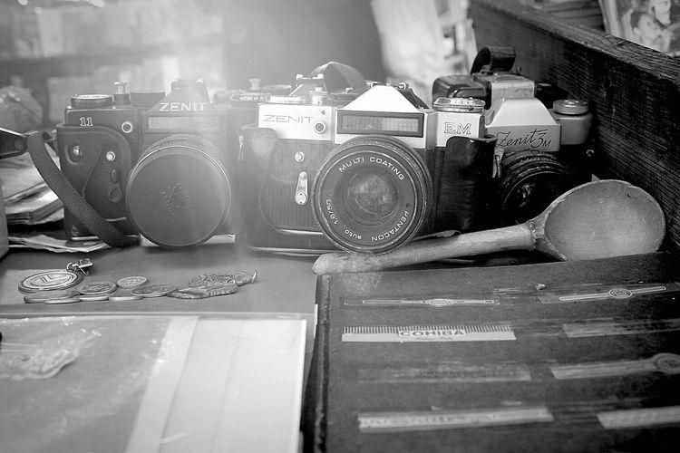 Cuba Havana Rastro Camera Zenit Blackandwhite Blancoynegro Travel Fleamarket Cámara