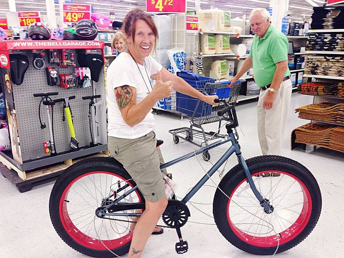 All My Photos Taken With IPhone5 Wife My Wife Bike New Bike Cool Having Fun Funky My wife with her new bike, time to have some fun🚵🚴