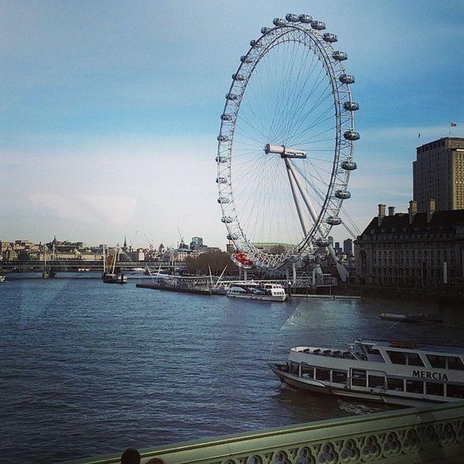 London Eye. My weekly commute. University Life. Just beautiful. London LondonEye Waterloo Waterloobridge central tfl publictransport blue university lsbu student