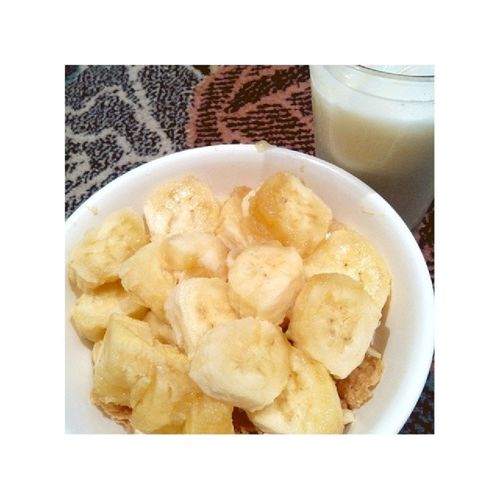 Because they said, that breakfast is the most important meal of the day. ?☺ Cereals FitNotDiet Banana Freshmilk overload goodmorning