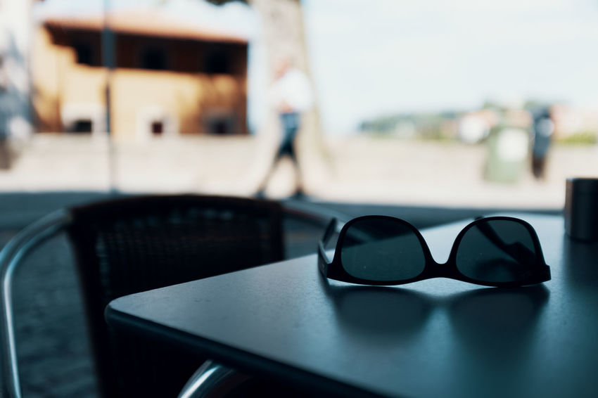 Threeweeksgalicia Glasses Focus On Foreground Sunglasses Indoors  Table Day Eyeglasses  Fashion Chair Close-up No People Personal Accessory Seat Absence Transparent Still Life Reflection Glass - Material Architecture