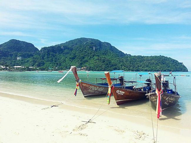 Koh Phi Phi ROCKS! Koh Phiphi Nature Blue Sea Beach Sand Boats Travel