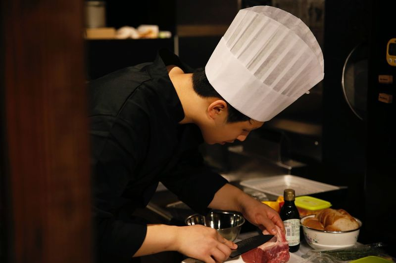 Cooking Chef Kitchen Making Food Cooking Dinner Dinner 料理 Cucina Meats Restaurant First Eyeem Photo