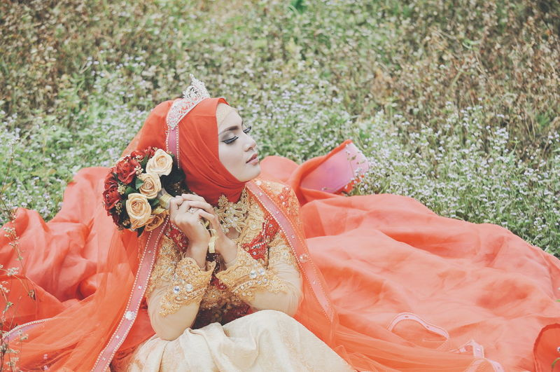 Pretty Beautiful Dress Dreaming Fashion Weddingphotography Asian Girl Wedding Photography Wedding Day High Angle View One Person Day Only Women Outdoors Adult Adults Only Nature One Woman Only Close-up One Young Woman Only Grass Young Adult People