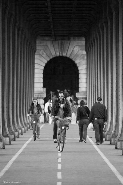 Pont de Bir-Hakeim, Paris. Streetphotography Photography Exterior Paris Bir-hakeim  Pont De Bir-hakeim Bridge Architecture