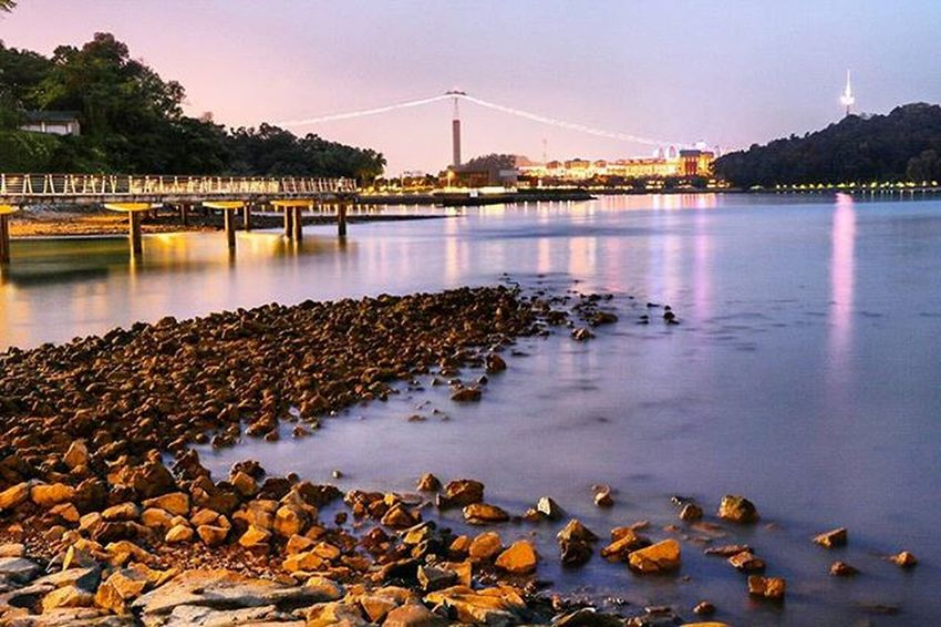 Sunset walk at Labrador Nature Park Boats Silkywater Lights Walk Canon Canonphotography Singapore Sg Harbourfront Canon760D Waves Rocks Awesome_earthpix Warrenjc Ourplanetdaily Photometre Amazing_longexpo Superhubs_souls