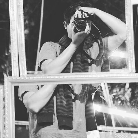 When a man with hobby in photography take mirror selfie. Mirror Mirrorselfie Mirrors Selfie Camera DSLR C2 C2photography Yangon Myanmar Blackandwhite