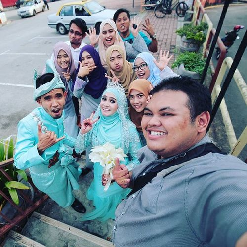 Its a wrap. Thanks for the experience and congratulations to Ariff and Zura . see you at 2nd Reception on 5th Sept Vscocam Malay_wedding Malayweddingguide Vscomalaysia VSCO Juyarep Zurariff Selfie Wefie