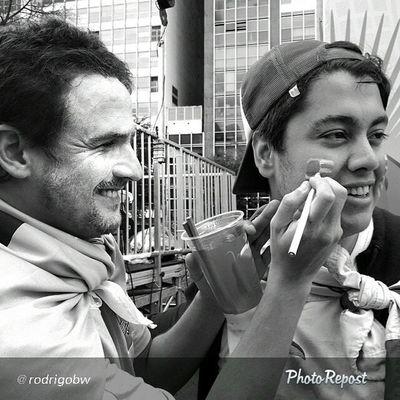 """By rodrigobw """"Prêmio Samsung mObgraphia Olhar de Torcedor ⏳Até o dia 13 de Julho : Para participar : 1⃣ O concurso NÃO é restrito à dispositivos Samsung. 2⃣ As fotos precisam ser captadas e editadas em plataformas móveis, como celulares e tablets. 3⃣ Cadastre-se no site : www.samsung.com.br/torcedorsamsung 4⃣ Marque suas fotos com a hashtag : #torcedorsamsung ? As 30 melhores fotos feitos por um celular ganharão um smartphone K Zoom, inédito no Brasil e desenvolvido pela Samsung especialmente aos amantes de fotografia. ? Os vencedores ainda terão a chance de fazer parte de um livro de fotos a ser editado pela Samsung e lançado no Museu do Futebol. ? Observe que não serão aceitas fotografias que contenham imagens da Copa do Mundo 2014, especialmente dos Estádios de Futebol, marcas oficiais e times participantes. Bem como de marcas protegidas por direitos de autor e propriedade intelectual. POR FAVOR LEIAM O REGULAMENTO COMPLETO EM : https://www.samsung.com.br/torcedorsamsung"""" via PhotoRepost_app"""