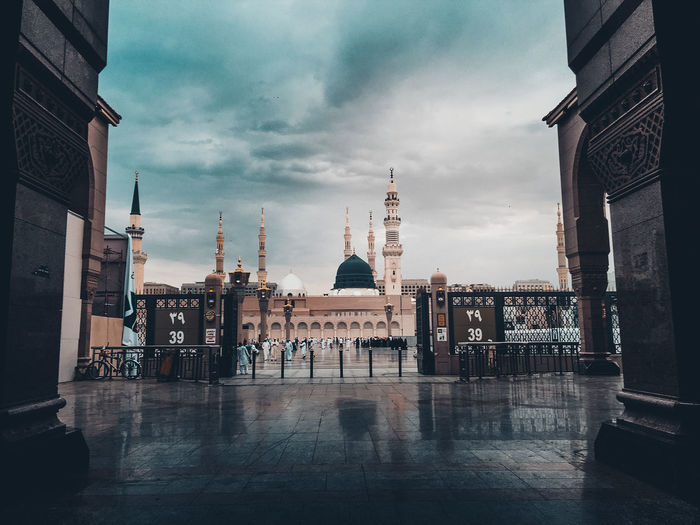 Al-masjid an-nabawi against cloudy sky