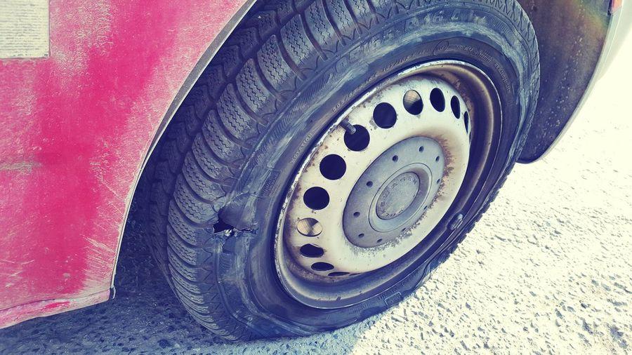 Land Vehicle Road Outdoors Tiretracks Brokentire Tirebroken Flattire Flattireproblems