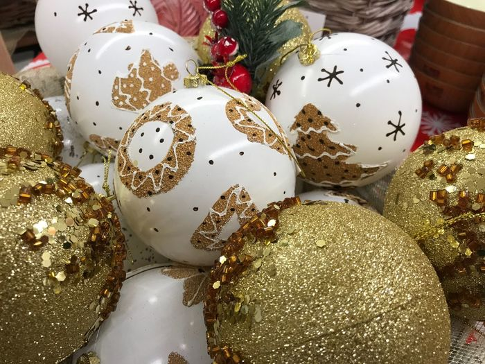 Christmas balls Christmas Christmas Decoration Holiday Decoration Celebration Christmas Ornament Still Life Holiday - Event No People Sphere christmas tree Event Gold Colored Celebration Event Egg High Angle View Indoors  Close-up