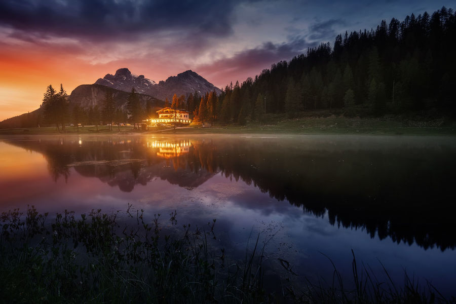 A beautifil lake in DOlomiti (Italy) Beauty In Nature Cloud - Sky Dolomiti Idyllic Italy Lake Mountain Mountain Range Nature No People Outdoors Reflection Sky Sunset The Great Outdoors - 2017 EyeEm Awards Tranquility Water