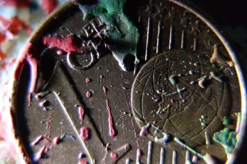 Micro Deutschland GhAiThDaBbOuR Macro Euro Cent Colors Red Textured  Close-up