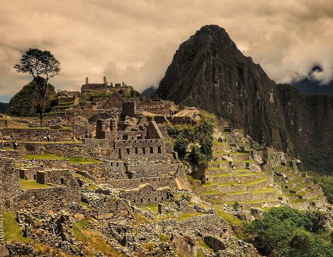Macchu Picchu, stunning and timeless Cloud - Sky Outdoors Landscape Mountain Nature Beauty In Nature Tree Day No People Sky Scenics Travel Travel Destinations Nature The Great Outdoors - 2017 EyeEm Awards