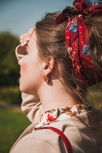 One Person Only Women One Woman Only Outdoors Day People One Young Woman Only Young Women Lifestyles Women Real People Close-up Human Body Part Fashion Model Fashion Brown Hair Beautiful People No Filter Models Females Grass Nature Beautiful Woman Retro Styled Full Frame Fashion Stories