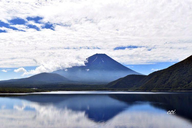 早朝の富士山。雪もほとんど溶けて夏模様。 Traveling Landscape Memories Japan 絶景 My Favorite  Emeyebestshot