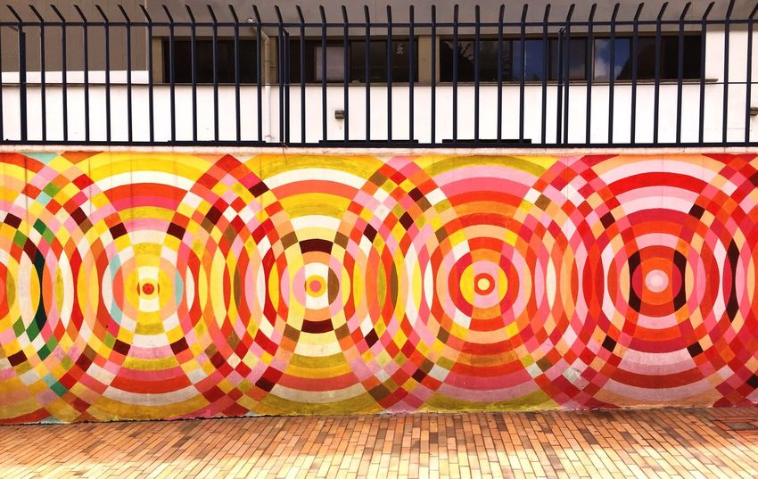 EyeEm Selects Multi Colored Pattern Indoors  No People Circle Geometric Shape Creativity Architecture Design Graffiti