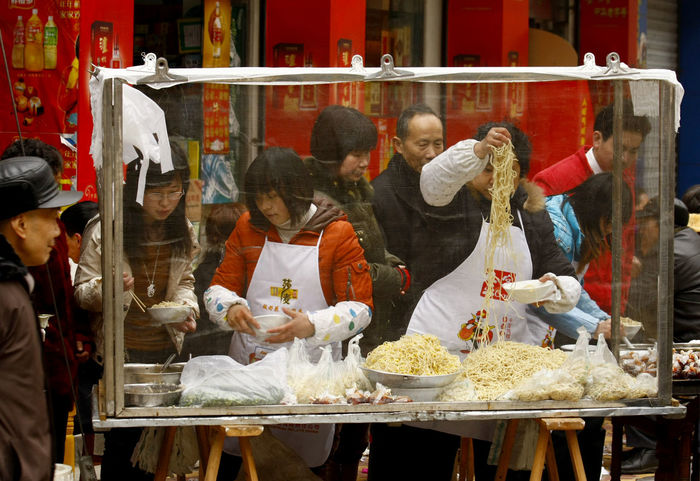 China Chinese Food Chinese New Year Cold Day Display For Sale Market Market Stall Nanchong Noodles Retail  Sale Shop Small Business Traditional Traditional Culture Travel Travel Photography Traveling