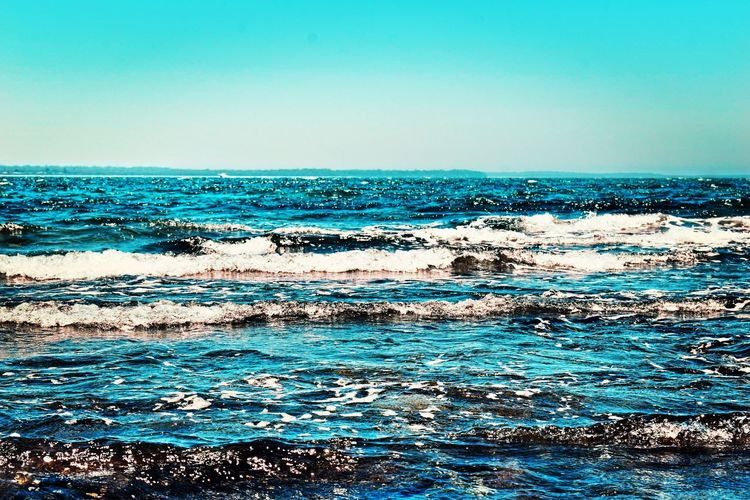 Sparkle and shine Ocean Sun Beach Blue Photooftheday Picoftheday EyeEm EyeEm Gallery Colours Nature Sea Water Sky Beauty In Nature Scenics - Nature Nature Horizon Over Water Wave Horizon No People Clear Sky Tranquility Blue Tranquil Scene Waterfront Motion Land Day Outdoors