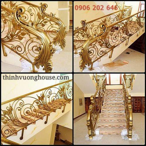 Giúp cho chủ nhà có thể yên tâm sống trong không gian yên ấm của chính mình, cầu thang nhôm đúc Vĩ Đóa Hồng Nhân lan toả nghĩa may mắn, thịnh vượng. http://thinhvuonghouse.com/san-pham/cau-thang-nhom-duc-vi-doa-hong-nhan Cau Thang Nhom Duc
