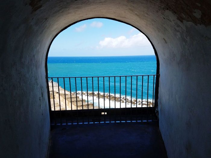 Blue Caribbean Water Sea Window Arch Sky Horizon Over Water Architecture Cloud - Sky