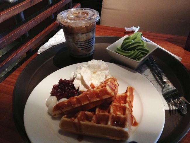 I keep coming back for more ;) Coffee Cafe Waffles The EyeEm Breakfast Club